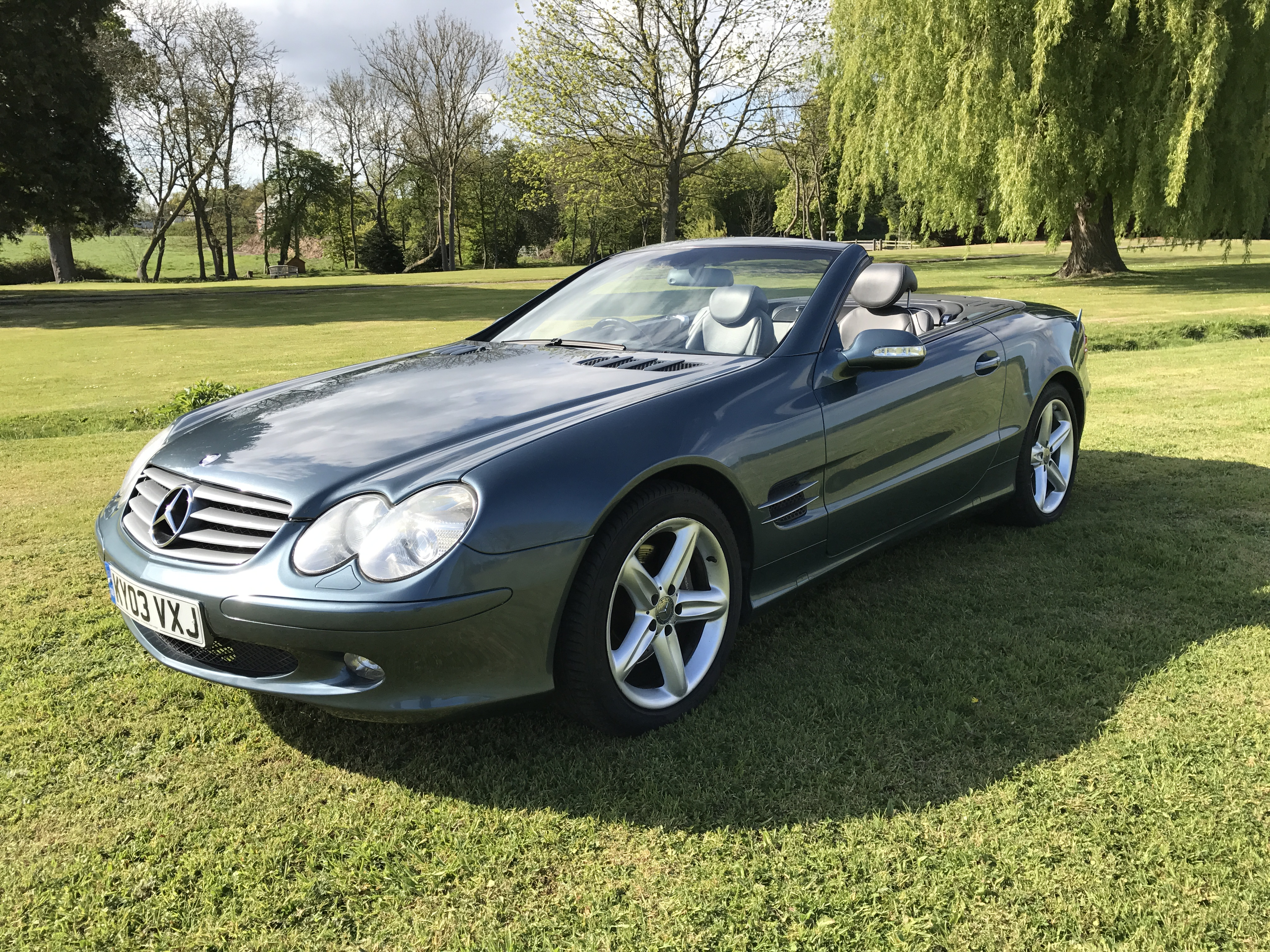 Mercedes benz sl500 2003 for Sl500 mercedes benz
